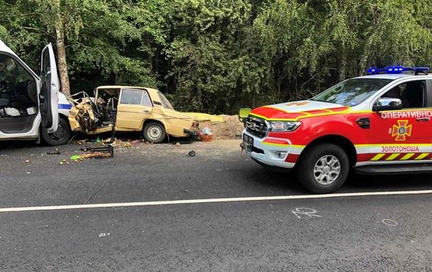 ДТП на Черкащині: зіткнулися три автомобілі, є жертви