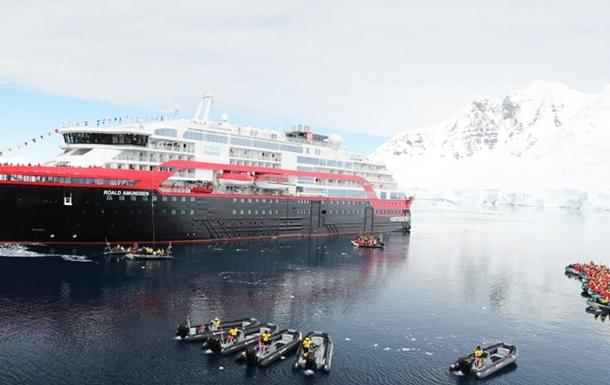МИД проверяет, есть ли украинцы на лайнере Amundsen