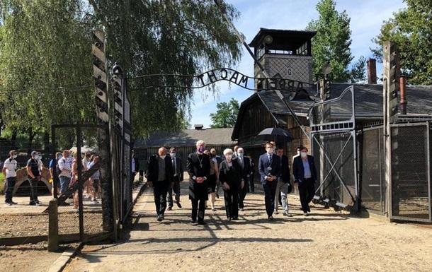 В Європі вшанували пам ять жертв Голокосту ромів і сінті