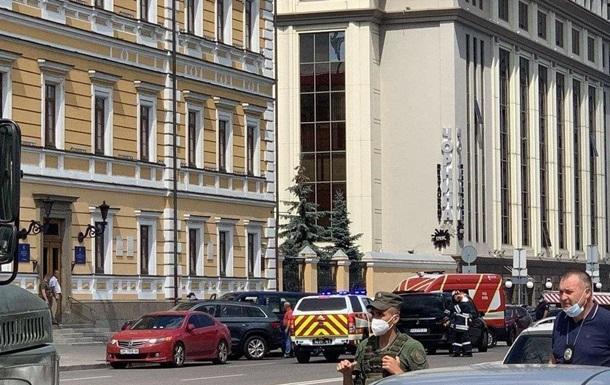 В Киеве захватили отделение банка