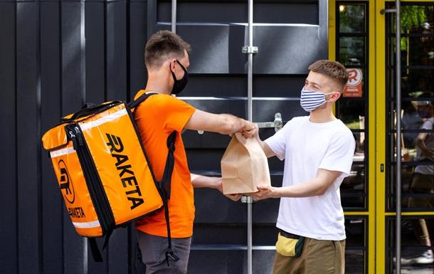 Бургер на завтрак, обед и ужин: статистика заказов еды от сервиса Raketa