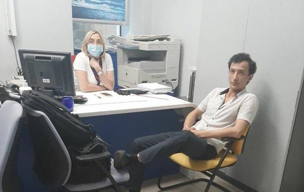 Отделение банка в Киеве захватил иностранец