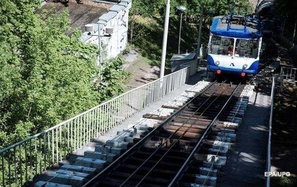 В Киеве на ремонт закрыли фуникулер