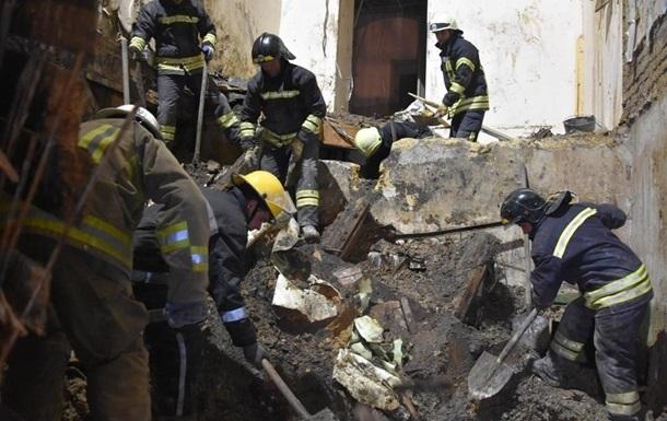 Под Киевом рухнул жилой дом