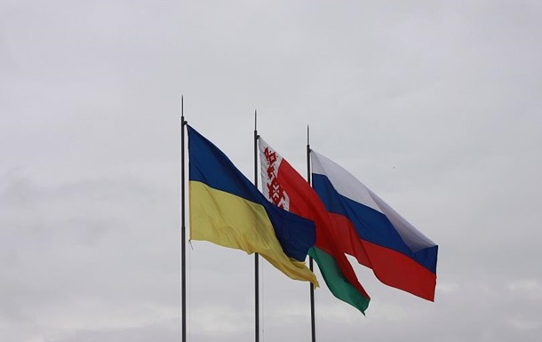 Как Украина и Белорусь выходят из политического кризиса