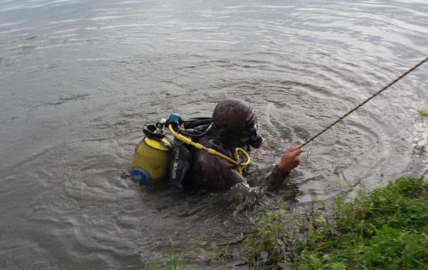 На Закарпатье рыба увлекла рыбака на дно реки