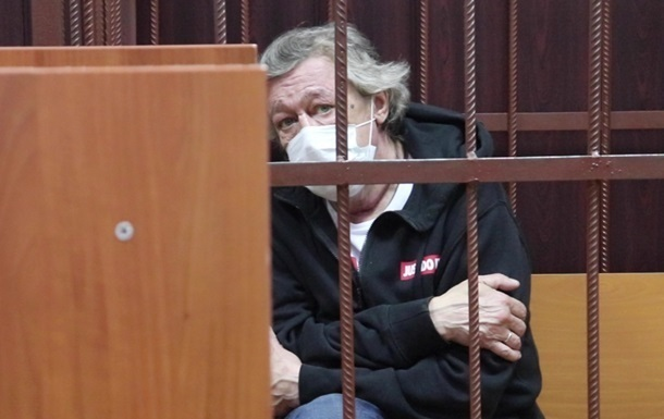 В крови Ефремова найдены следы гашиша и кокаина