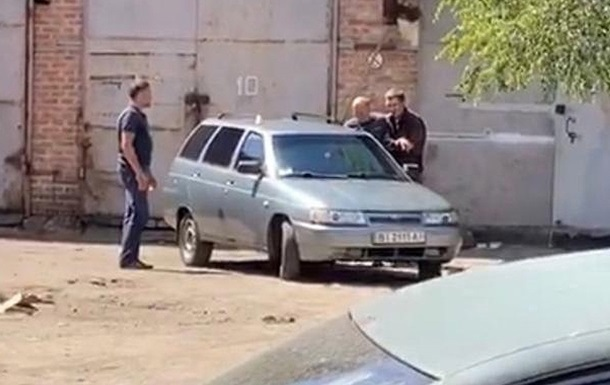 Заручник полтавського терориста звільнився з поліції