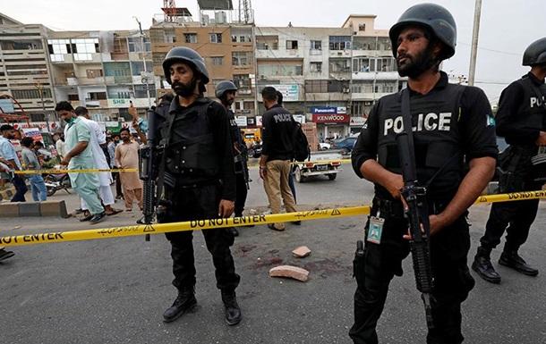 У Пакистані на мітингу підірвали гранату: майже 40 поранених
