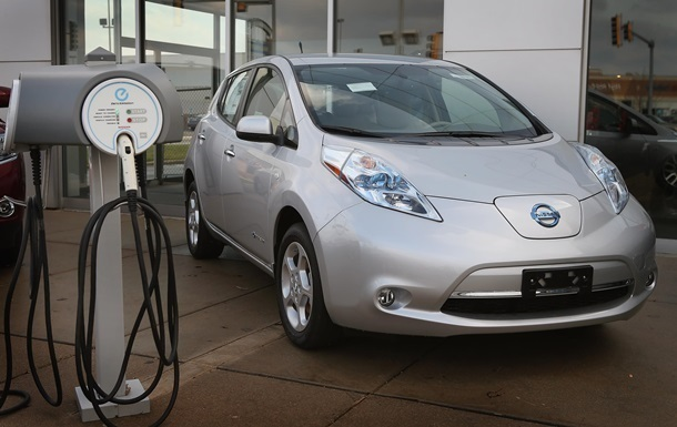 В Украине снизились продажи электромобилей