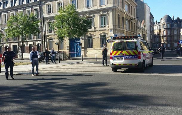Во Франции задержали захватчика банка