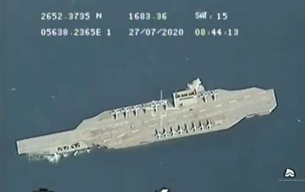 Иран случайно утопил макет американского авианосца