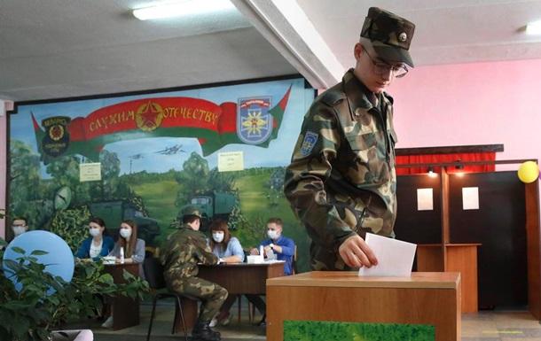 У Білорусі достроково проголосувала майже половина виборців