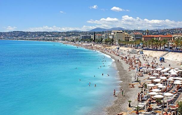Потери туризма во Франции оценили в €40 млрд