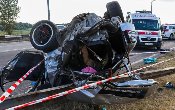 ДТП под Днепром: погиб ребенок, пятеро человек госпитализировали