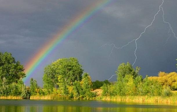 Погода на тиждень: спеку розбавлять дощі та грози