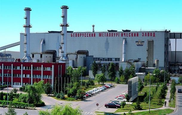Рабочие крупного завода в Беларуси объявили забастовку