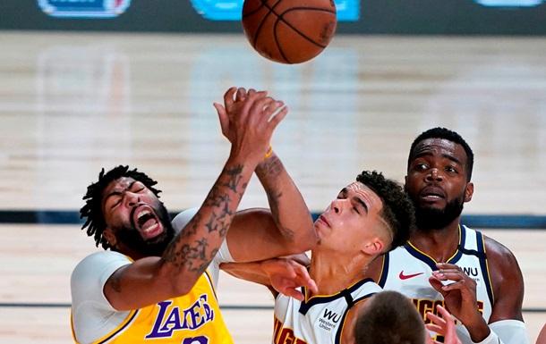 НБА: Лейкерс одолели Денвер, Милуоки уступил Торонто