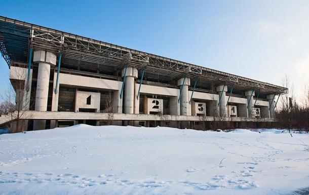 Кличко під тиском змусив Київраду віддати Льодовий стадіон Алієву під забудову