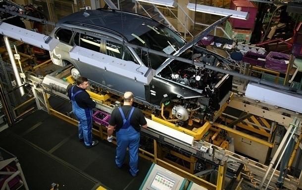 В Україні на 40% впало автовиробництво