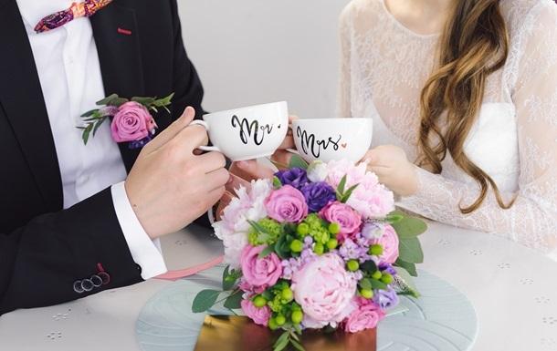 На свадьбе на Волыни COVID-19 заразились гости