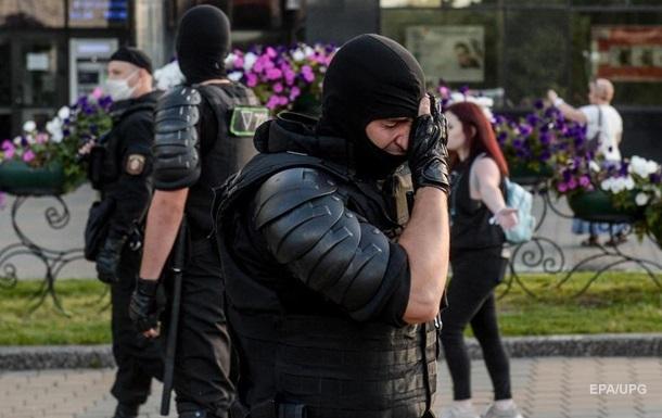 Протесты в Беларуси: глава МВД распорядился не трогать журналистов