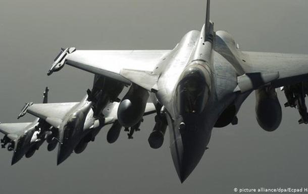 Франція посилить військову присутність у cхідному Середземномор ї