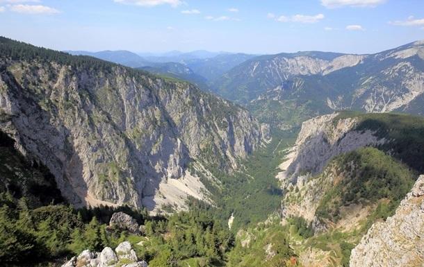 В Швейцарии пронеслась буря, погибли трое туристов
