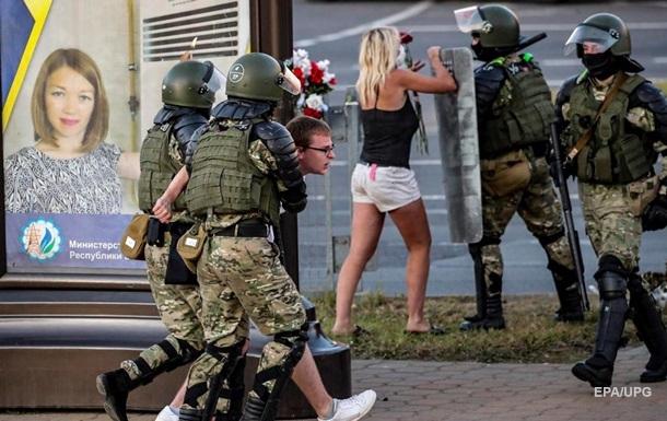 Протести в Білорусі: у Європарламенті закликали Лукашенка припинити насильство