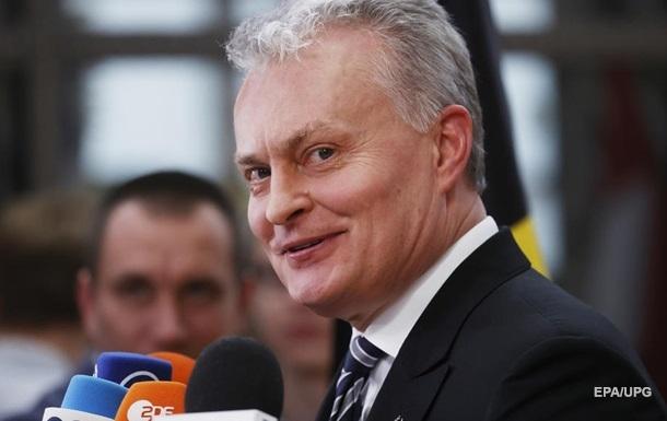 Президент Литви відмовився вважати Лукашенка легітимним