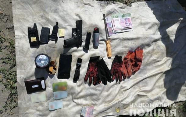 На Харьковщине задержали банду, ограбившую агроферму