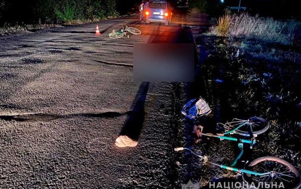 На Полтавщині мікроавтобус збив велосипедистів, один загинув