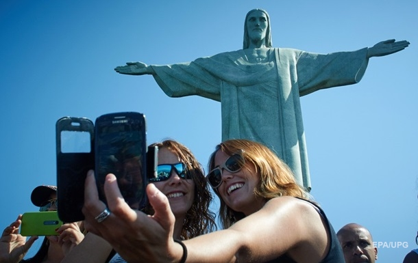 У Бразилії відкрили для відвідування статую Христа-Спасителя