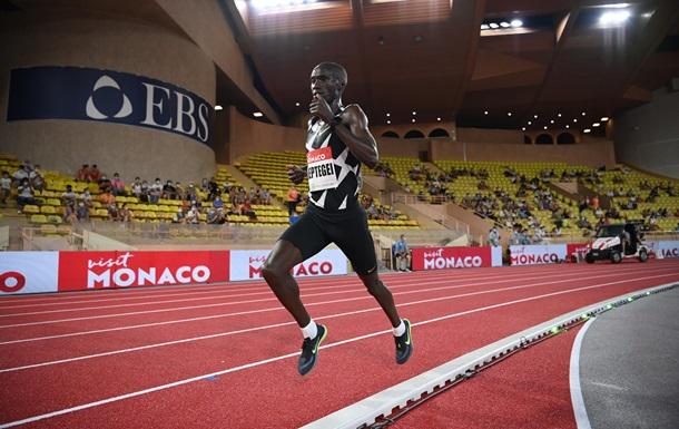 Установлен мировой рекорд в беге на пять тысяч метров