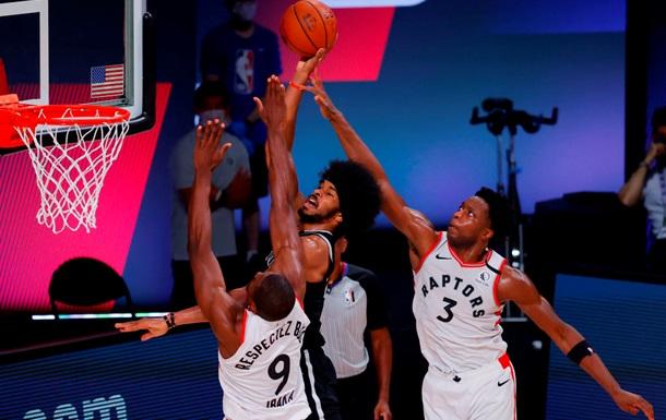 НБА: Торонто и Клипперс с побед стартовали в плей-офф