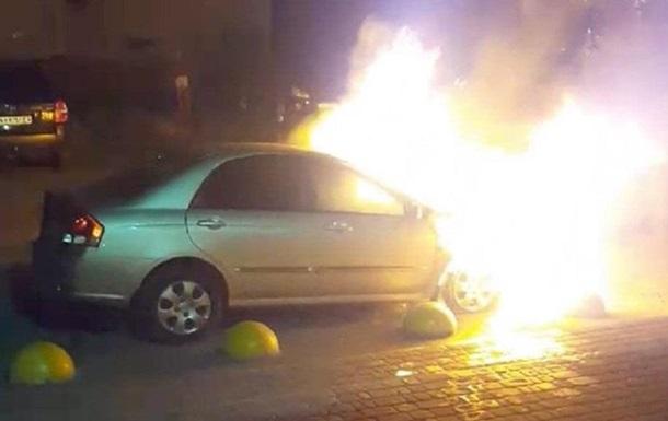 Опубликовано видео момента поджога авто программы Схемы