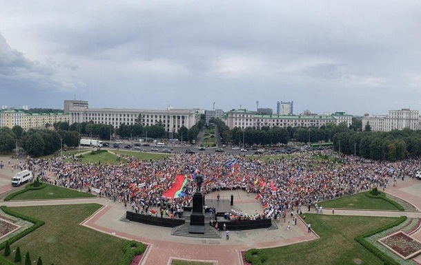 В Беларуси начинаются акции в поддержку Лукашенко