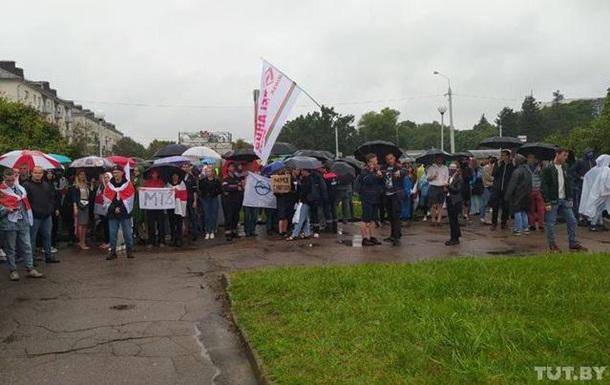 ОМОН разогнал протестующих у Минского тракторного завода