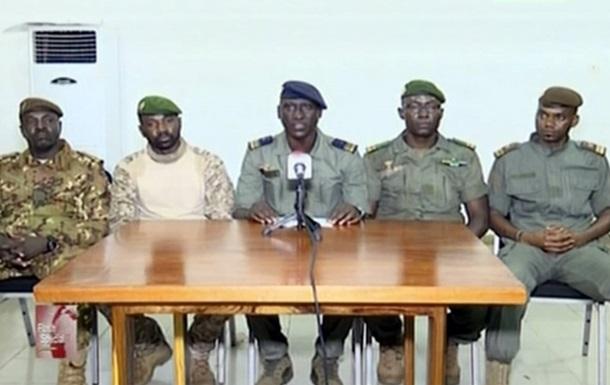 Мятежники в Мали объяснили захват власти