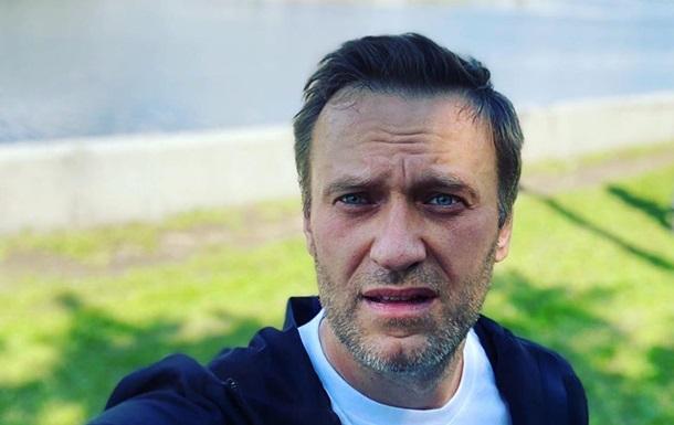 У Навального просят Кремль перевезти его в Европу