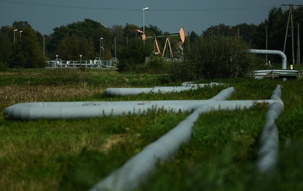 В РФ подсчитали потери из-за дешевых нефти и газа