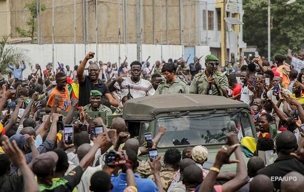 В Мали мятежники создадут  переходной совет  - СМИ