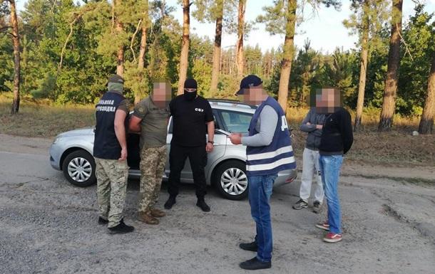 Командира військової частини ЗСУ піймали на крадіжці палива