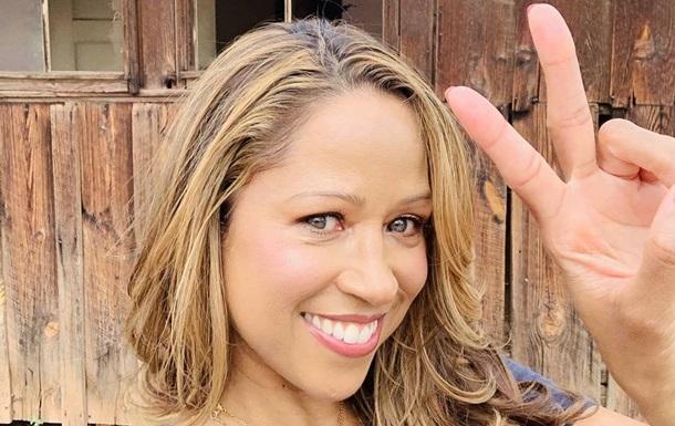 Муж американской актрисы заявил, что женился на ней под гипнозом