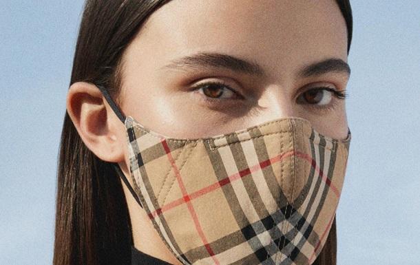 Burberry випустив протикоронавірусні захисні маски