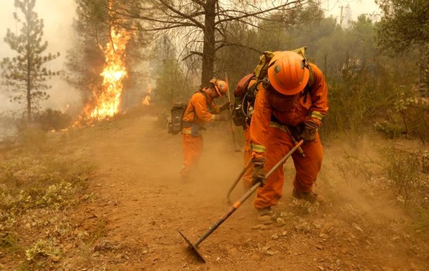 Власти Калифорнии эвакуируют около 120 тысяч человек