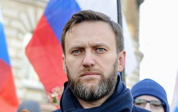 Самолет с Навальным приземлился в Берлине