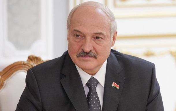 Лукашенко привів війська в бойову готовність