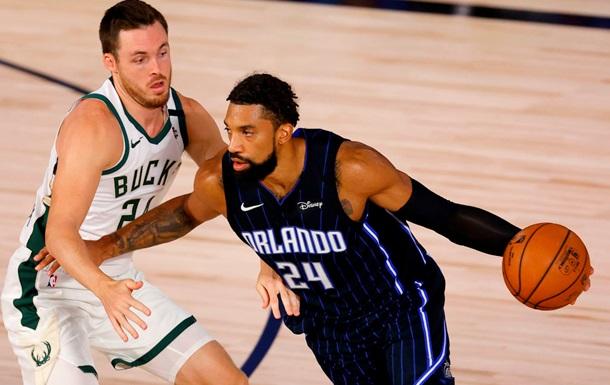 НБА: Милуоки сильнее Орландо, Лейкерс обыграли Портленд