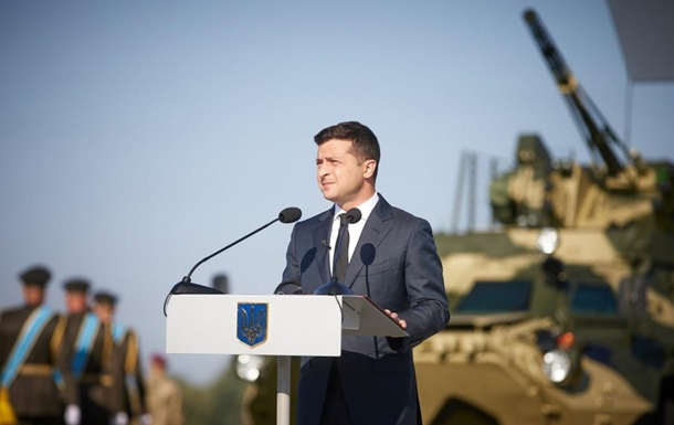 Военные получат 132 образца вооружения – Зеленский